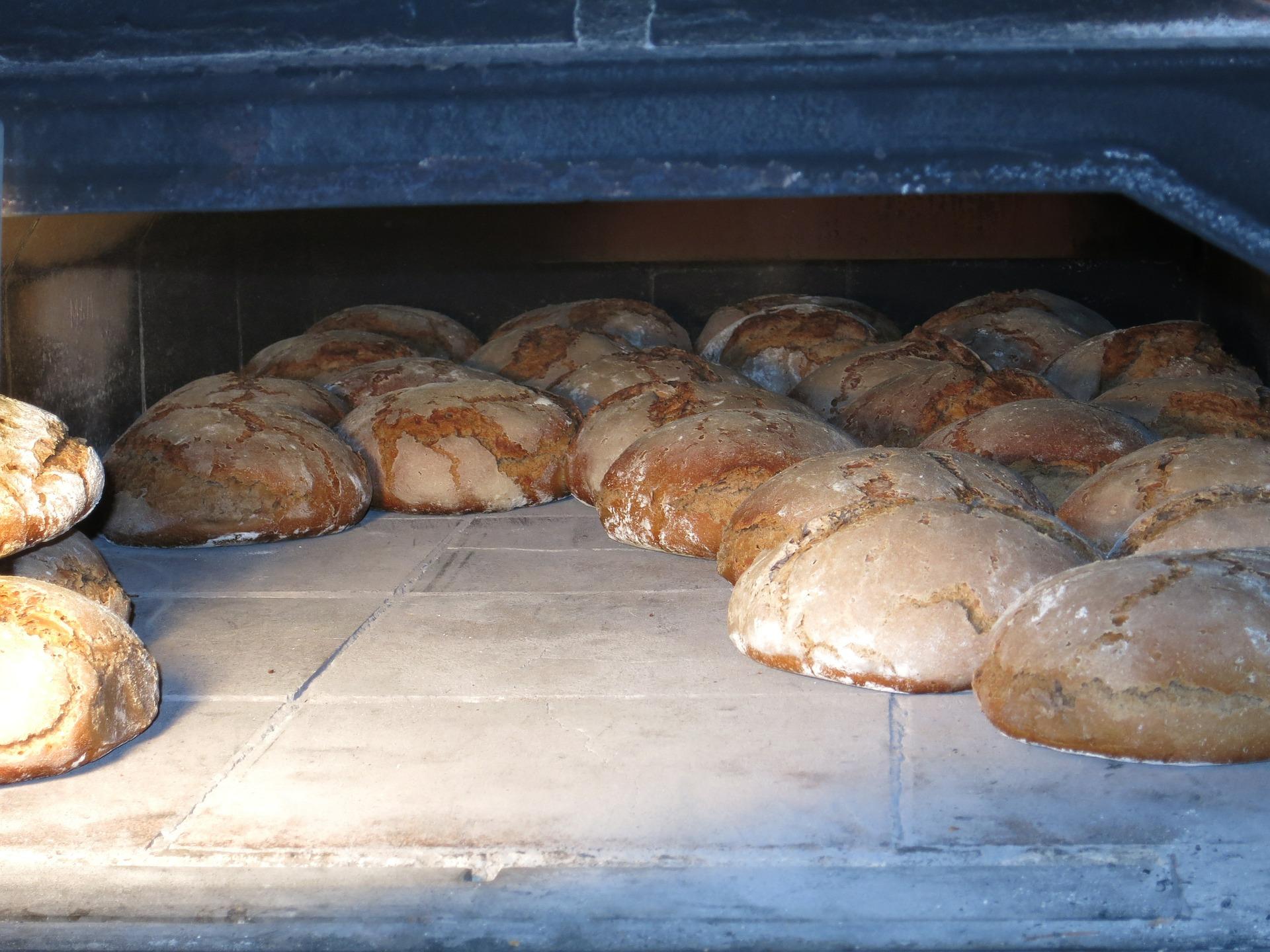 Frisches Brot und Kommunikation, ein Paar seit alter Zeit!
